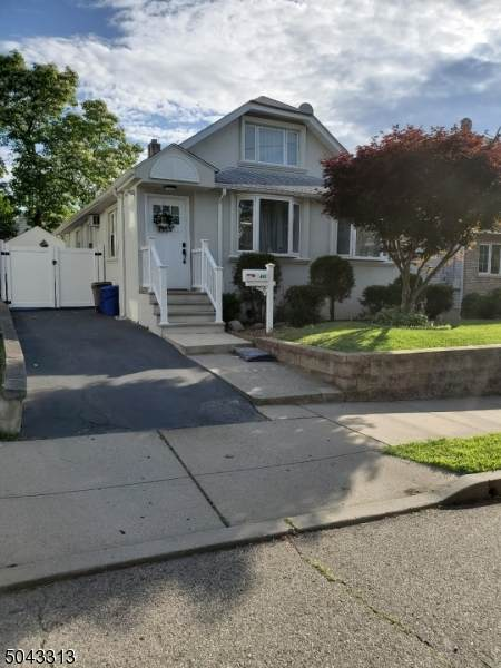 492 Harding Ave, Lyndhurst Twp., NJ 07071 (MLS #3687991) :: RE/MAX Platinum