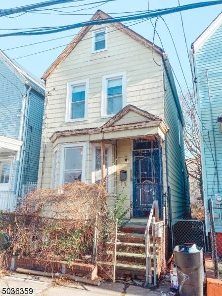 504 S 19Th St, Newark City, NJ 07103 (MLS #3688430) :: SR Real Estate Group