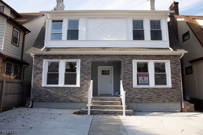 319 Glenwood Ave - Photo 1