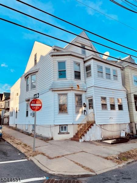 21 Gould Ave, Paterson City, NJ 07503 (MLS #3689233) :: Pina Nazario