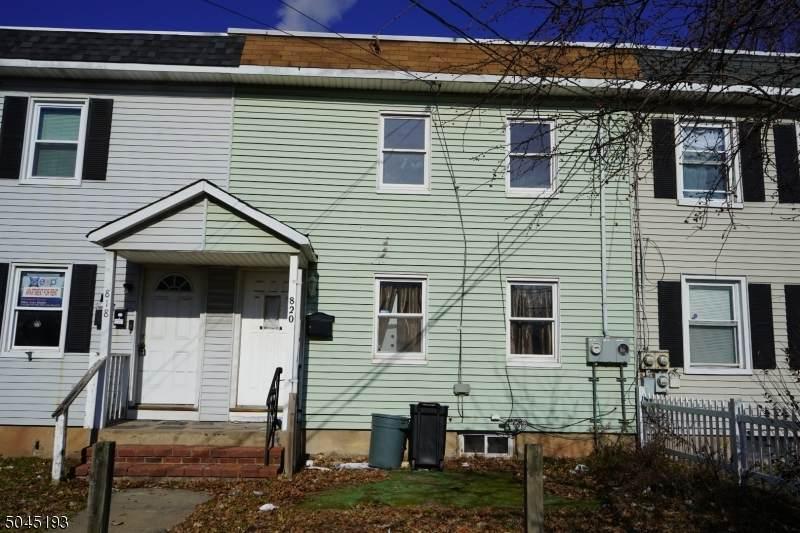 820 E Hazelwood Ave - Photo 1