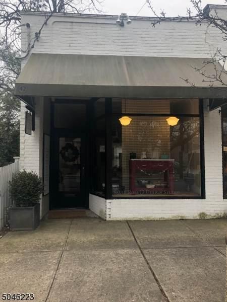 42 Fairfield St - Photo 1