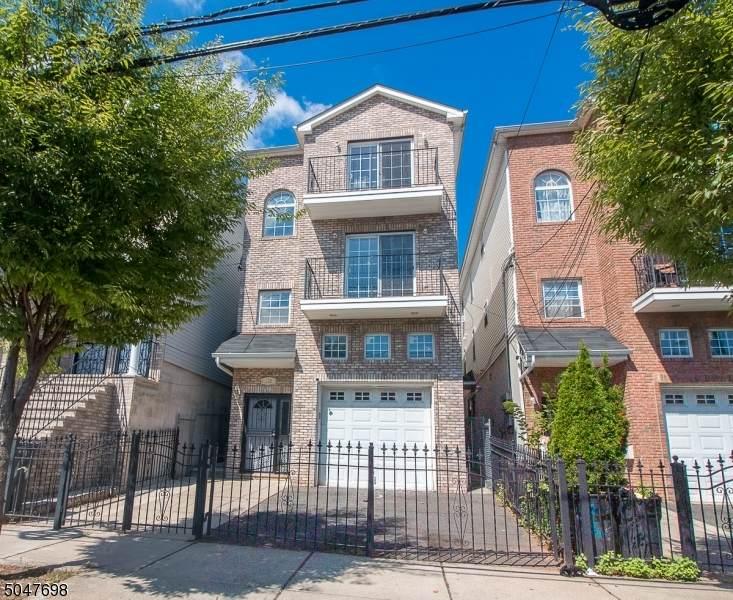 169 Camden St - Photo 1
