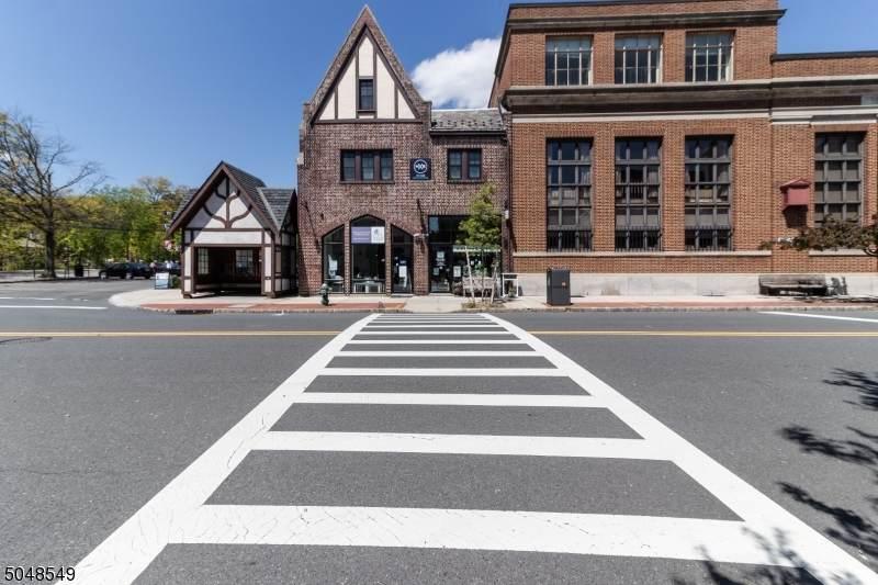 255 Bellevue Ave - Photo 1