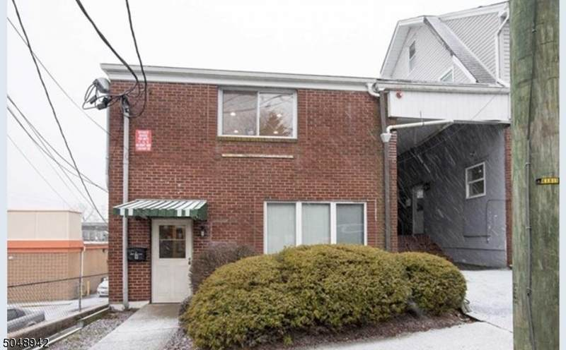 9 Ackerman Ave - Photo 1