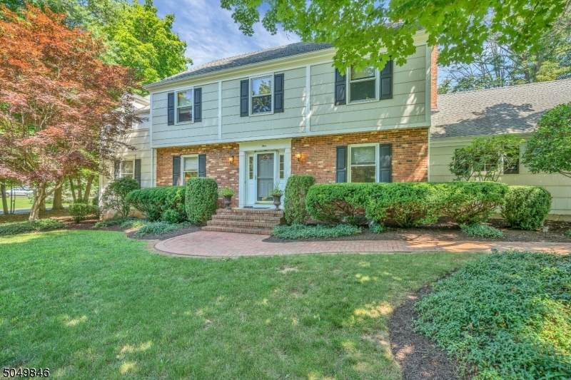 4 Forbes Ct - Photo 1