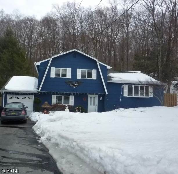 95 Morris Ave, West Milford Twp., NJ 07480 (MLS #3693763) :: RE/MAX Platinum