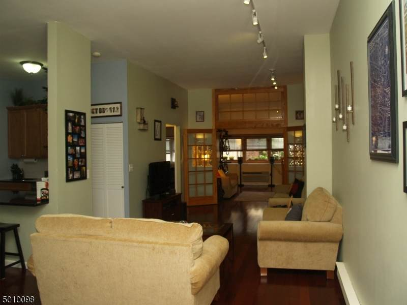 111 Mulberry St 4J - Photo 1