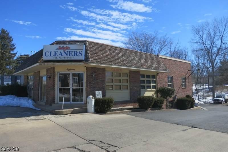 18 Plainfield Ave - Photo 1