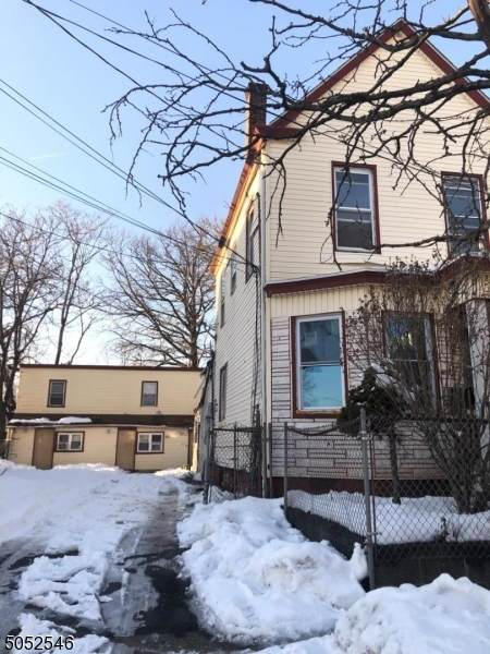 275 Clinton Pl, Newark City, NJ 07112 (MLS #3695803) :: The Karen W. Peters Group at Coldwell Banker Realty