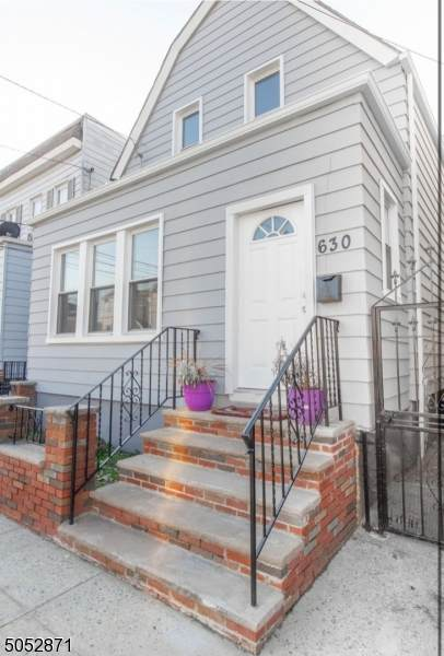 630 N 9th St, Newark City, NJ 07107 (MLS #3696060) :: Team Cash @ KW