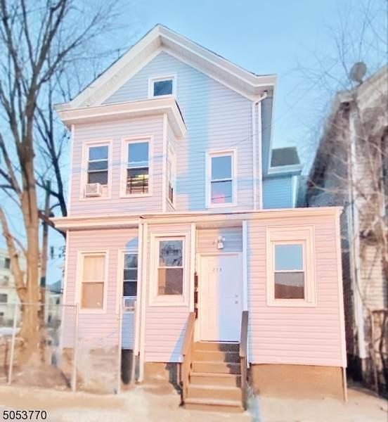 228 Hamilton Ave - Photo 1