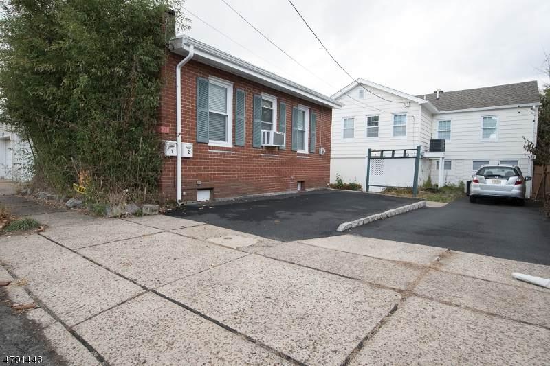 214 Woodcliff Ave - Photo 1