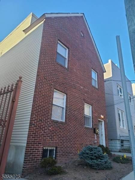 271 Liberty Ave - Photo 1