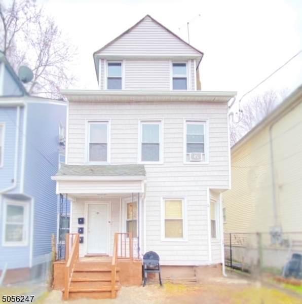180 Godwin Ave - Photo 1