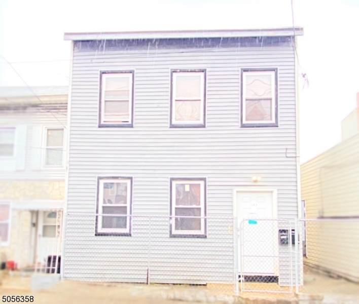 146 E Main St - Photo 1