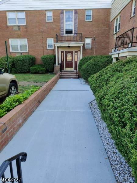 605 Grove St #4, Clifton City, NJ 07013 (MLS #3699176) :: Team Cash @ KW