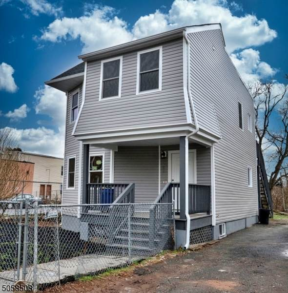 282 Lincoln St, East Orange City, NJ 07017 (MLS #3700989) :: RE/MAX Select