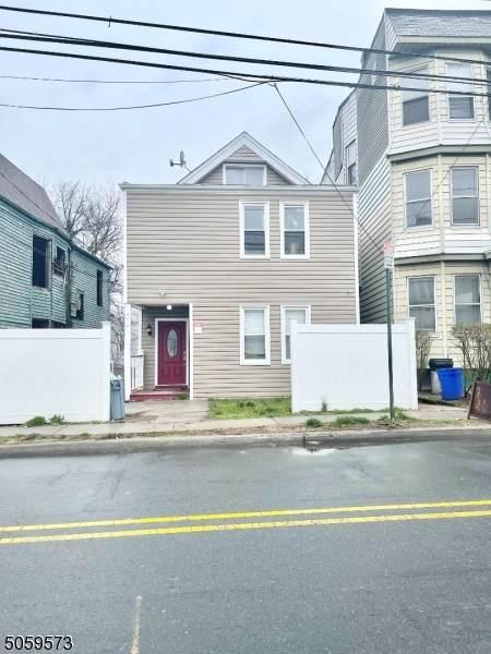 471 Grove St - Photo 1
