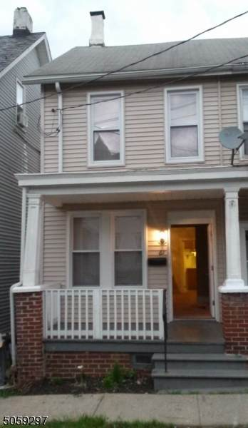 61 Filmore St, Phillipsburg Town, NJ 08865 (MLS #3702270) :: The Sikora Group