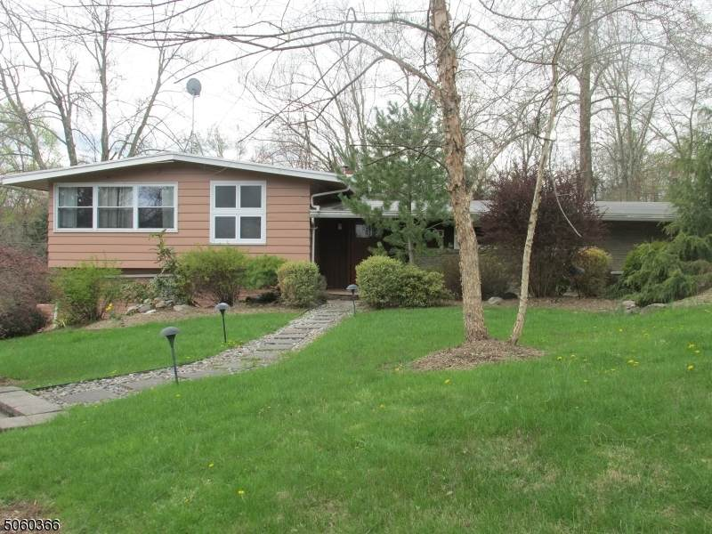 5 Henry Dr - Photo 1