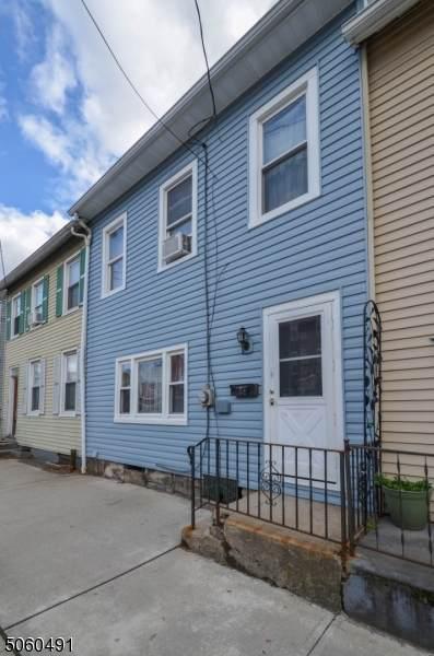 52 Sitgreaves St, Phillipsburg Town, NJ 08865 (MLS #3702512) :: The Sikora Group