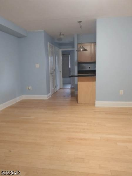 70 S Munn Ave Unit 406 #406, East Orange City, NJ 07018 (MLS #3704420) :: SR Real Estate Group