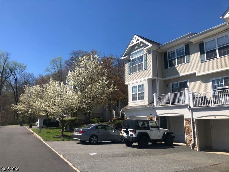 6 Dudley Ct - Photo 1