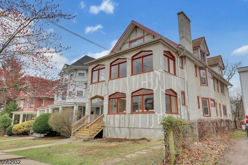 158 Claremont Ave - Photo 1