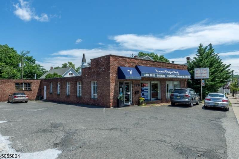 770 Bloomfield Ave - Photo 1