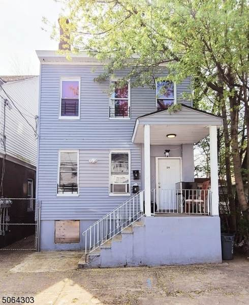 39 Watson St, Paterson City, NJ 07522 (MLS #3705913) :: Weichert Realtors