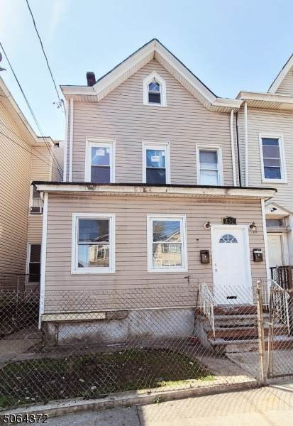236 Park Ave, Paterson City, NJ 07501 (MLS #3705953) :: Weichert Realtors