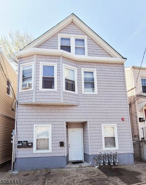 260 12th Ave, Paterson City, NJ 07514 (MLS #3706042) :: Weichert Realtors