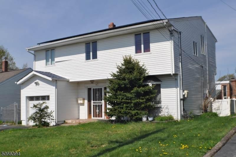 53 Crestwood Ave - Photo 1