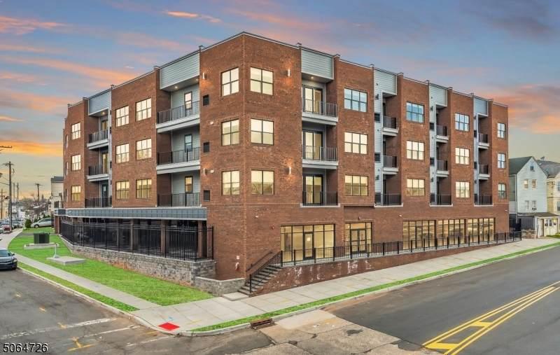 310 Madison Ave Unit 405 - Photo 1