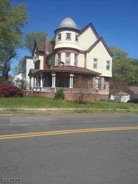 372 N Arlington Ave - Photo 1