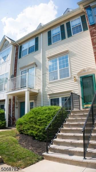 110 Sapphire Ln #110, Franklin Twp., NJ 08823 (MLS #3709741) :: The Sikora Group