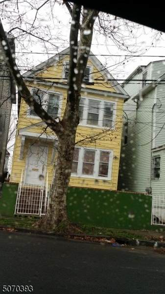 737 S Park St, Elizabeth City, NJ 07201 (MLS #3711188) :: The Sikora Group