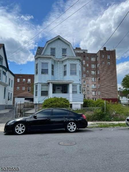 656 E 24th St, Paterson City, NJ 07504 (MLS #3711330) :: Gold Standard Realty