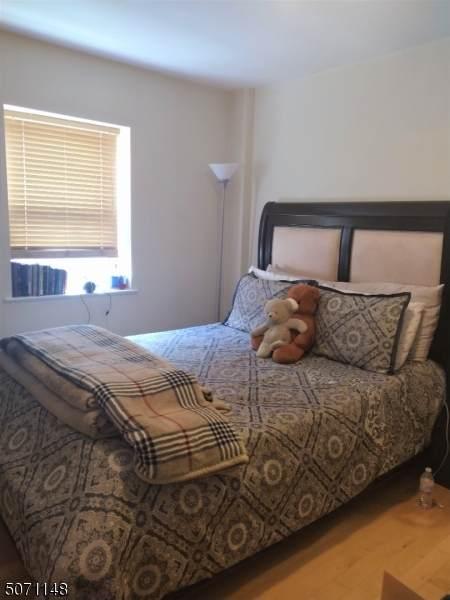 70 S Munn Ave #801, East Orange City, NJ 07018 (MLS #3711849) :: Kiliszek Real Estate Experts