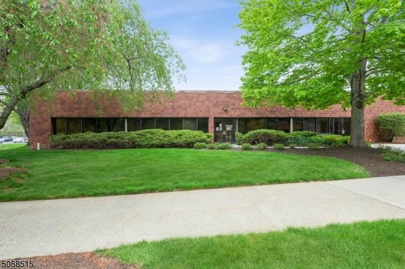 307 College Rd E. - Photo 1