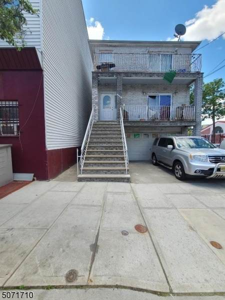 529 5th St, Union City, NJ 07087 (MLS #3712477) :: Zebaida Group at Keller Williams Realty