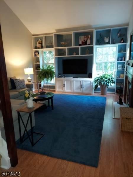 88 Delaware Ln, Branchburg Twp., NJ 08876 (#3712498) :: Jason Freeby Group at Keller Williams Real Estate