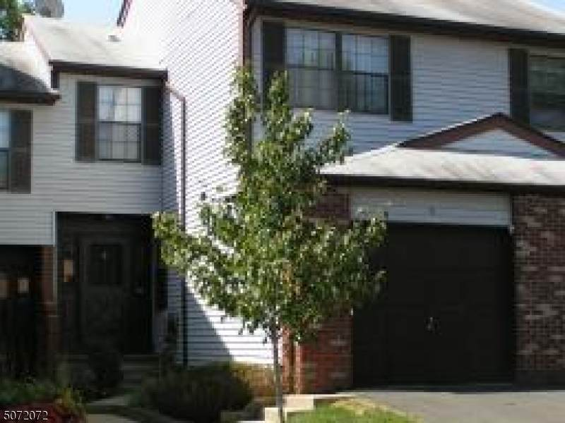 39 Bayberry Dr - Photo 1