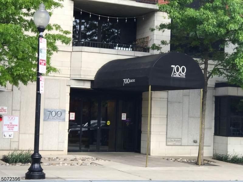 700 Grove St - Photo 1