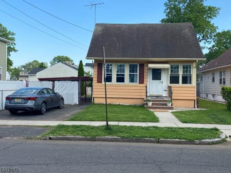 146 W Roselle Ave - Photo 1