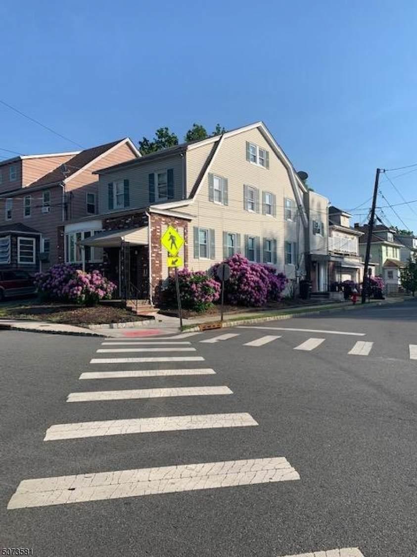 43 Laurel Ave - Photo 1