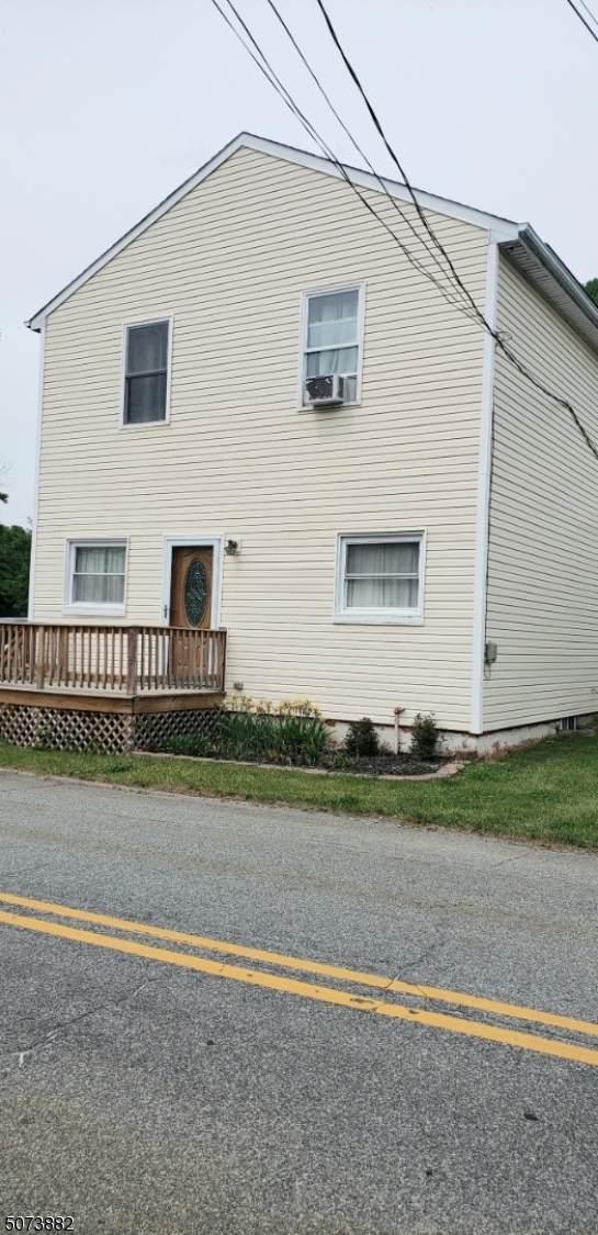 89 Passaic Ave - Photo 1