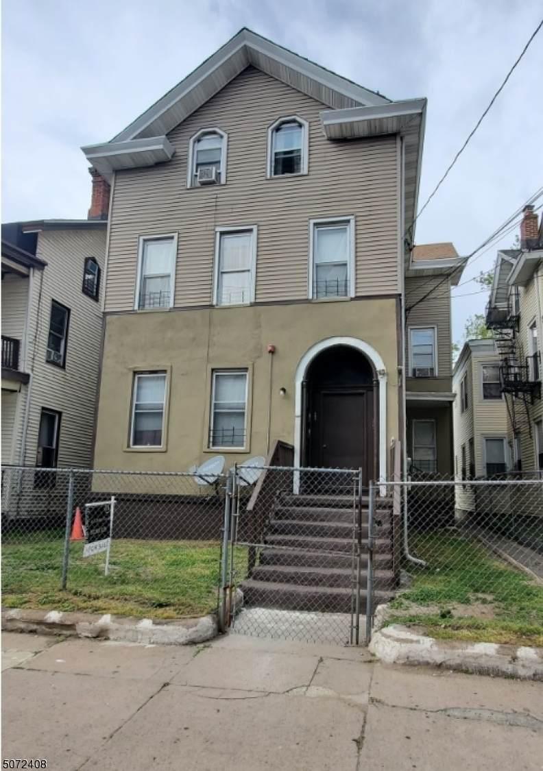 247 Hamilton Ave - Photo 1