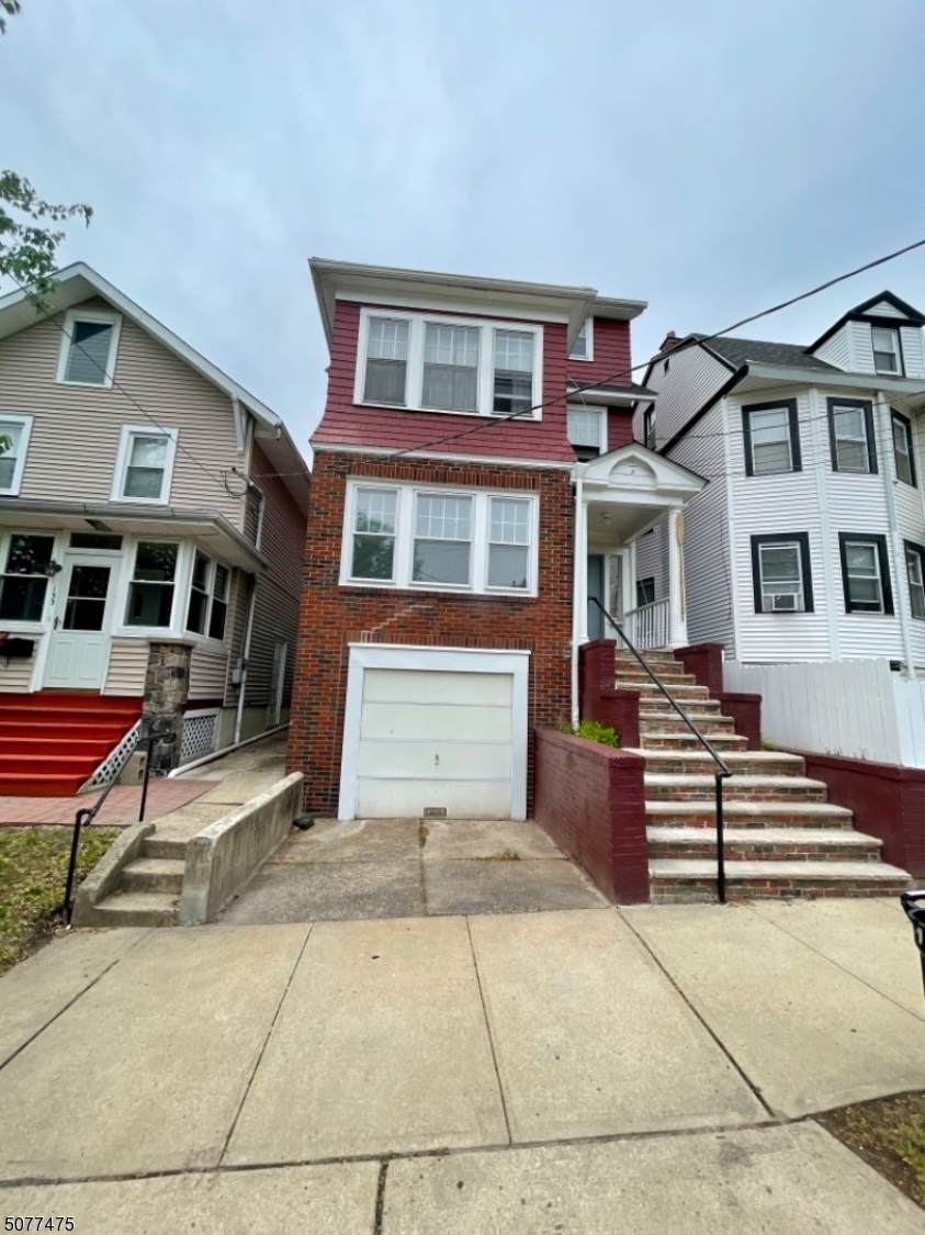 151 Watchung Ave - Photo 1